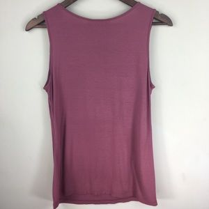 LOFT Tops - LOFT sleeveless round neck top